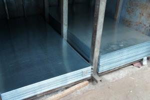 Tabla zincata lisa 0.6x2000x1250